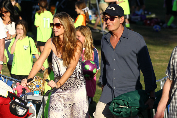 Charlie Sheen And Denise Richards Get Back Together For The Girls