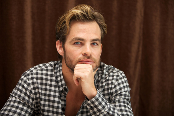 "Chris Pine attends ""Jack Ryan: Shadow Recruit"" Junket - Los Angeles"