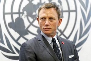 "Daniel Craig, alias James Bond a été nommé par Ban Ki-moon ""UN Global Advocate for the Elimination of Mines and Other Explosive Hazards"" avocat pour l?elimination des mines et autres explosifs a New York le 14 avril 2015 Mr. Craig during his meeting with the Secretary-General Ban Ki-moon."