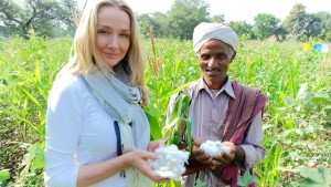Alexandra Cousteau and organic cotton farmer Shivlal Jadha _ 2015 Mirell