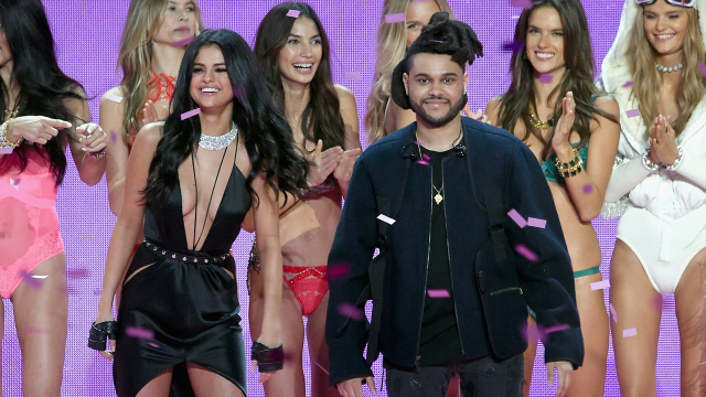 Selena Gomez și The Weeknd au fost ținta paparazzilor
