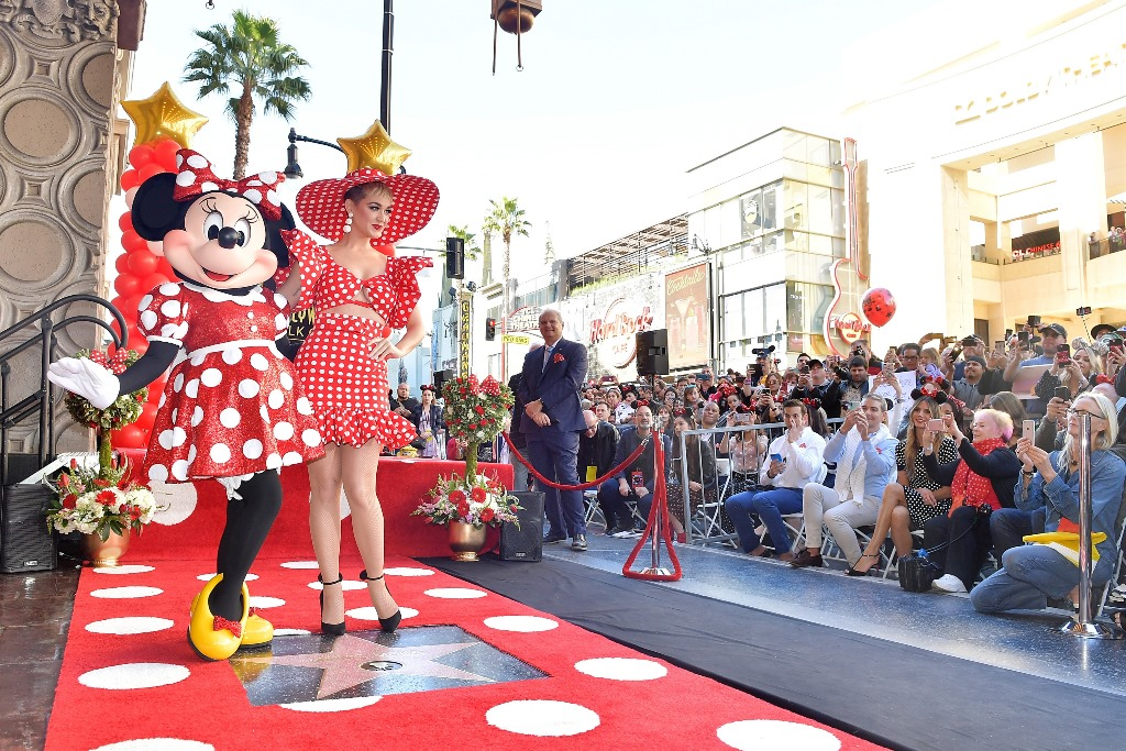 Minnie Mouse a primit propria stea pe Hollywood Walk of Fame (2)